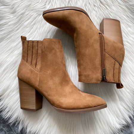 Marc fisher dupe booties from Walmart #houseofsequins #thehouseofsequins