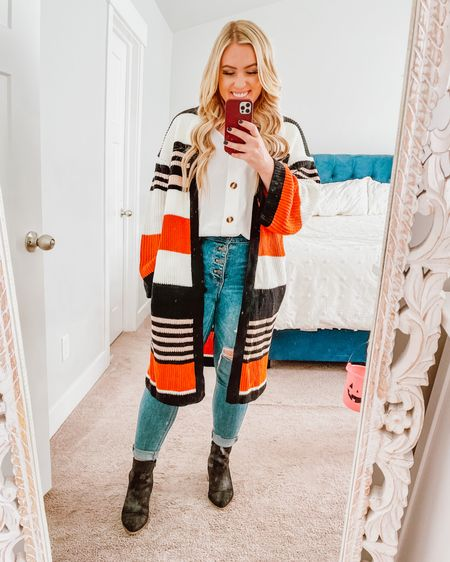 This tank & cardigan is literally the perfect combination 😍 I have been wearing this tank nonstop & so happy to add this $30 cardigan to my closet! What a steal http://liketk.it/33tJb #liketkit @liketoknow.it #LTKunder50 #LTKstyletip