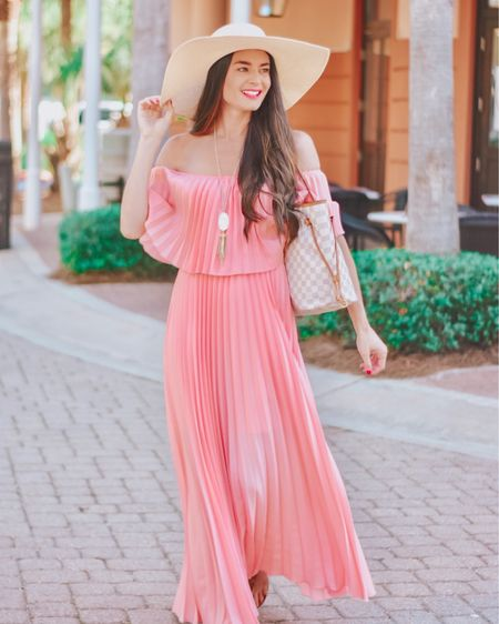 Back in stock and on sale! This dress is perfect for a wedding guest look or brunch or this upcoming revenge glamour season I'm hearing about 💅🏼 It comes in 3 colors! It runs true to size and is a great and sustainable quality!! I linked it along with my other faves from this awesome retailer!  http://liketk.it/3dmPt @liketoknow.it #liketkit #LTKwedding #LTKunder100 #LTKsalealert