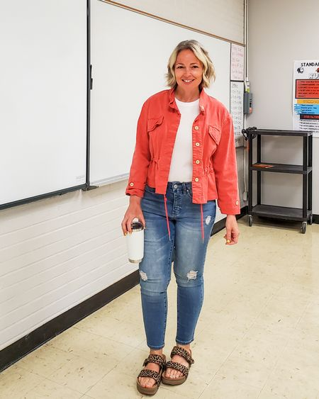 Casual everyday spring teacher outfit featuring a coral cropped anorak utility jacket, white tank top, leopard footbed sandals, and distressed jeans #petite #teacher #tanktop #coral #utilityjacket #croppedjacket #spring #Lifestyle #everyday #casual #leopard #leopardsandals http://liketk.it/3exJX @liketoknow.it #liketkit