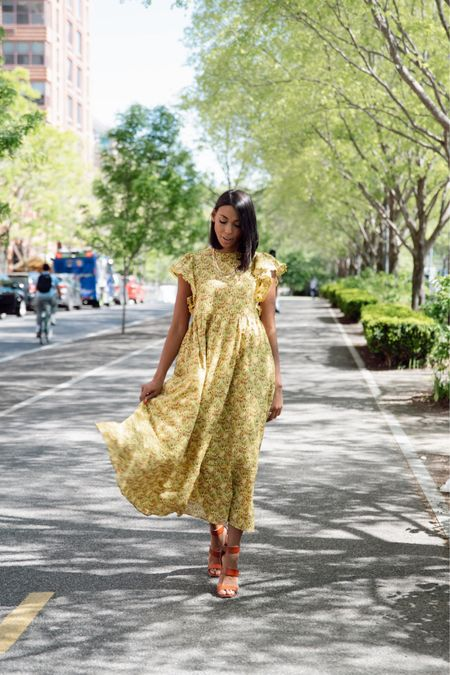 I'm a dress girl so summer is all about dresses and bright colors for me! Shop my yellow maxi @anntaylor with a screenshot of this picture! #sponsored #thisisann😍 http://liketk.it/3h0qj #liketkit @liketoknow.it #LTKstyletip #LTKworkwear #LTKtravel