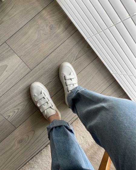 http://liketk.it/3hM5z 90s girl. 90s high waisted loose jeans 👖  Veja sneakers 👟    http://liketk.it/3hM4P #liketkit @liketoknow.it  Shop your screenshot of this pic with the LIKEtoKNOW.it shopping app  @liketoknow.it.family @liketoknow.it.home @liketoknow.it.brasil @liketoknow.it.europe #LTKfit #LTKstyletip #LTKshoecrush #ltkday #jeans