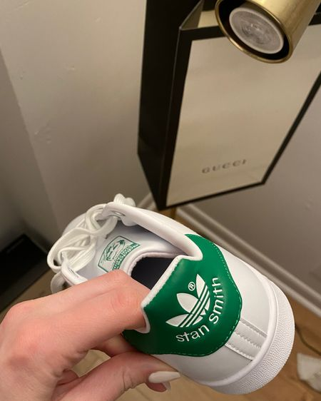 http://liketk.it/3gk9h @liketoknow.it #liketkit #LTKunder100 #LTKunder50 #LTKshoecrush perfect summer sneaker with a pop of green 💚💚