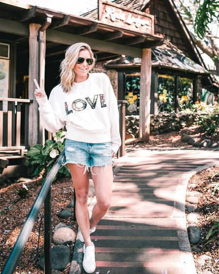 My LOVE sweatshirt was perfect for our sunrise tour in Maui today 💗 @liketoknow.it http://liketk.it/2CxAt #liketkit #LTKunder100 #LTKstyletip #LTKtravel
