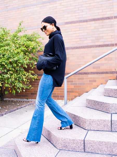 """I love my skinny jeans…. But them flares tho!!!!!!    LISSSEN.  YOU can wear them. Short? I gotchu.  I'm 5'4"""". Curvy?  Yes, you too. Flares ELONGATE the legs!    Everything here is from @nordstrom and I linked a bunch of flares on the blog (LINK IN BIO Annamaegroves.com) and L T K from one of my favorite places to shop!  Who's coming with me???!   #nordstrompartner   #fashion  #tryon #flarejeans #flaredenim #denim"""