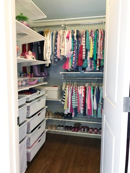 Elfa is just a no-brainer for kid spaces. Not only is it a great solution for growing / changing kids, but it's super easy to install and adjust over time! || #elfa #elfacloset #closet #closetorganization #closetstorage  #LTKhome