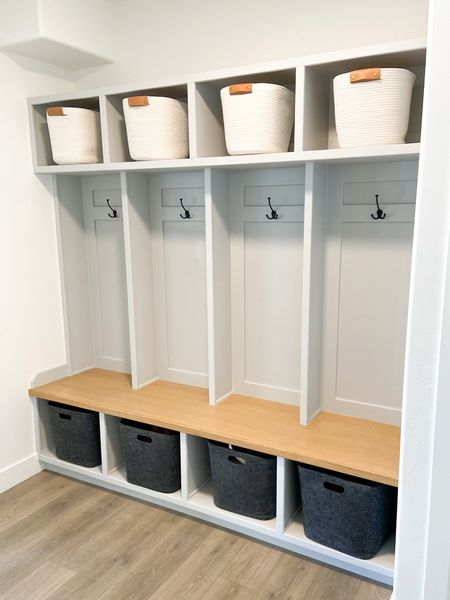 This built-in mudroom is perfect for keeping a tidey space! All baskets pictured are linked below!  . . . 📷: @hqfinishcarpentry #mudroom #constumehomes #mudroomstyle #thisorthat #houseenvy #luxuryhomes #customehomes #homedesign #interiorinspirations #paradeofhomes #diymudroom #mudroomstyle #diymudroom  http://liketk.it/3fuYS #liketkit @liketoknow.it