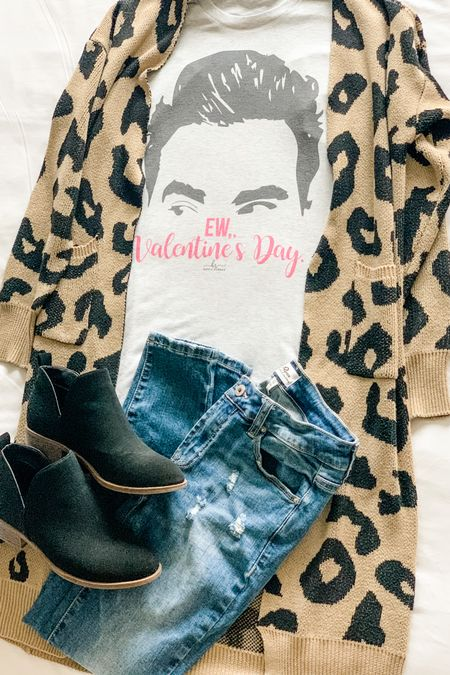Valentine's Day outfit inspired by our current favorite show. Are you a Schitt's Creek fan? These PinkBlush jeans are so comfortable and fit so well. http://liketk.it/37B12 #liketkit @liketoknow.it #LTKVDay #LTKstyletip #LTKSeasonal