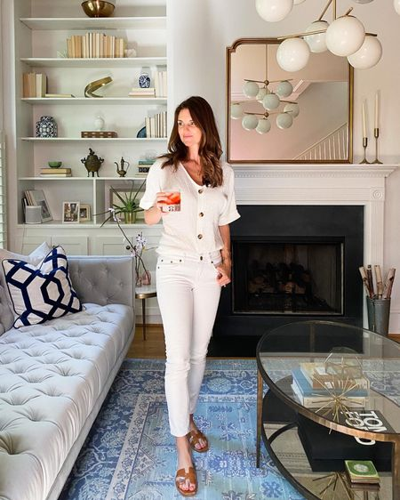 Summer whites, summer style, living room decor, blue area rug, Anthropologie home style, finding beauty mom http://liketk.it/3hPET #liketkit @liketoknow.it #LTKhome #LTKwedding