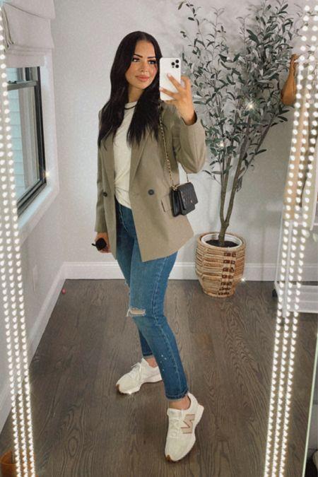 Walmart jeans I'm loving 😍 linking my outfit here. Blazer is from Zara   #LTKbacktoschool #LTKstyletip #LTKSeasonal