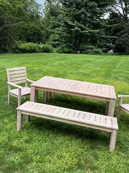 Outdoor furniture set, table and chairs.   #LTKhome