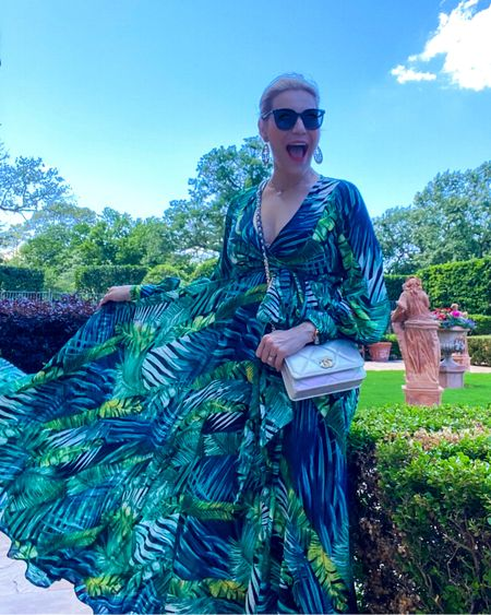 The perfect #beachvacation dress. Add this to your #packingguide - TTS and under $50 👉 http://liketk.it/3fm1l or Shop your screenshot of this pic with the LIKEtoKNOW.it shopping app #liketkit @liketoknow.it #LTKunder50 #LTKtravel #LTKwedding #weddingguest #summerpackingguide #vacationpackingguide #weddingguestdress #amazonfinds