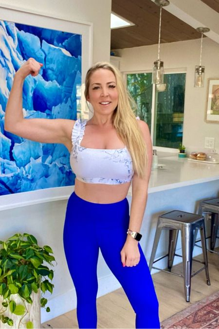 Ready for my workout in my favorite Carbon38 leggings and sports bra 🌟 http://liketk.it/3a7aj #liketkit @liketoknow.it #LTKunder100 #LTKfit You can instantly shop my looks by following me on the LIKEtoKNOW.it shopping app
