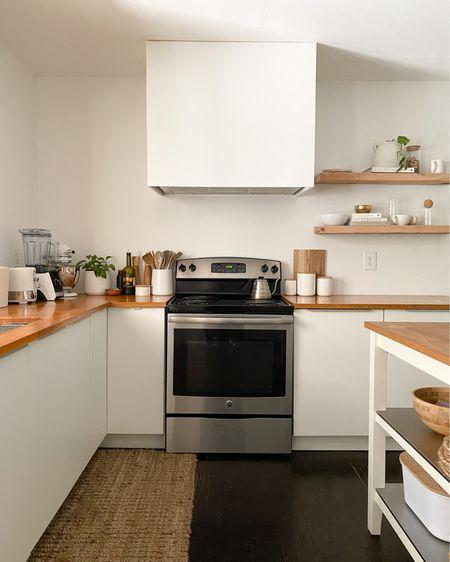 @liketoknow.it #liketkit http://liketk.it/3ifts Clean kitchen to start our week