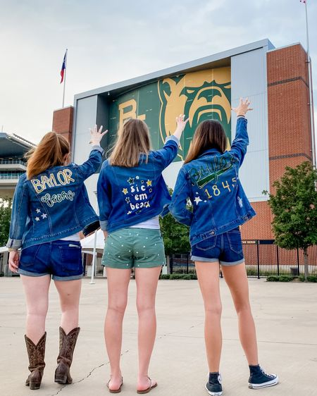 http://liketk.it/2WN0t #liketkit @liketoknow.it Game day ready. 🤩   These denim jackets were SO fun to make!!! details linked on my @liketoknow.it — link in bio!   #collegedenimjackets #bayloruniversity #painteddenim #painteddenimjacket #collegeblogger #collegeblog #lifestyleblogger #mclanestadium #wacotexas #gamedayready #gamedayatbaylor #liketoknowit #diydenimjacket Follow me on the LIKEtoKNOW.it shopping app to get the product details for this look and others