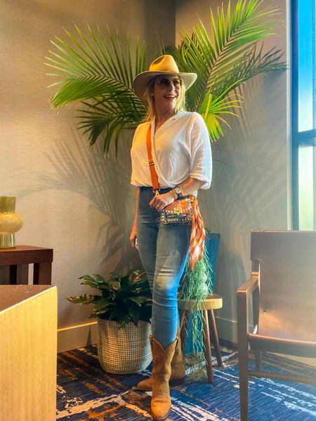 Cowgirl up for game day! #cowboyboots #cowgirlboots #fallstyle2021 #spanxdenim #fallboots #cowboyhat #cowgirlhat #clearbag #clearpurse #gamedayready #gamedaygorgeous  #LTKunder100 #LTKshoecrush #LTKcurves