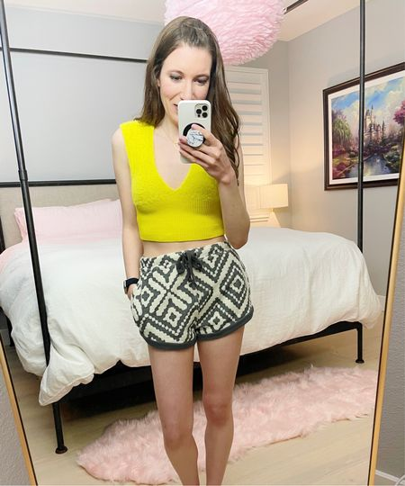 """Loving my MagSafe popsocket magnet 👏🏼 and wearing Free People Where the Wind Blows shorts and She Cute Crop top.   Shorts: Small Top: XS/S 5'4"""" 107 lbs    #LTKSeasonal #LTKVDay #LTKstyletip   http://liketk.it/36io1 #liketkit @liketoknow.it"""