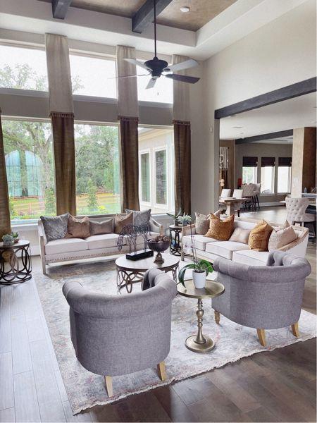 Living room home decor    #LTKhome http://liketk.it/3iuwV #liketkit #ltkseasonal #contest @liketoknow.it @liketoknow.it.home
