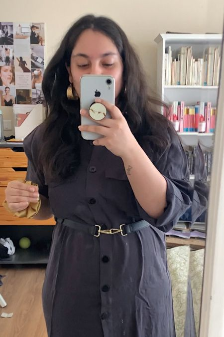 Wearing an old Topshop utility dress, but I've linked a dupe x I'm wearing a UK 14 for a slightly oversized fit and I'm 5ft so on me this otherwise knee-length dress is a midi 😆   #LTKstyletip #LTKeurope #LTKSeasonal