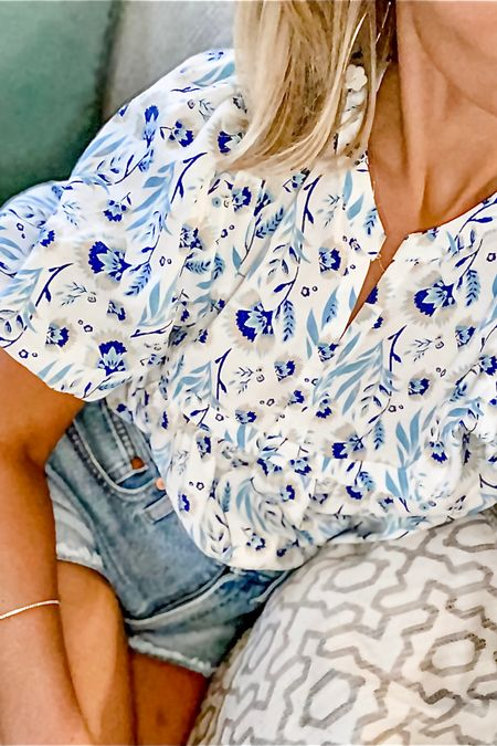 Perfect denim shorts and floral top! http://liketk.it/3jUM3 #liketkit @liketoknow.it #LTKunder100 #LTKunder50 #LTKstyletip You can instantly shop my looks by following me on the LIKEtoKNOW.it shopping app