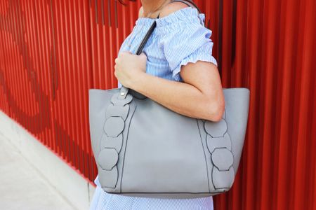 What's your favorite type of handbag? I think my all-time favorite has to be a nice big tote. Here's my latest bag crush - a gray Danielle Nicole from Nordstrom Rack. Follow me on the #liketkit app to shop my whole look, or visit my Instagram Shop page on FabEveryday.com. http://liketk.it/2vPrT @liketoknow.it