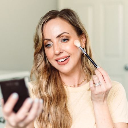 My favorite products to make my makeup look glowy, even if I'm using powders! http://liketk.it/3eqw3 #liketkit @liketoknow.it