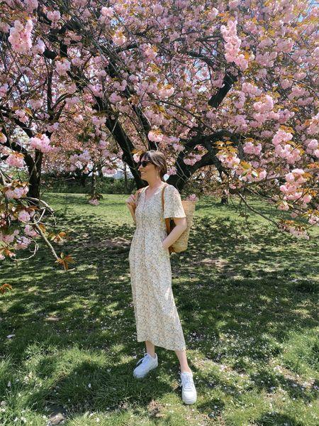 Floral spring dress (wearing size 4)   #LTKSeasonal #LTKstyletip #LTKunder100