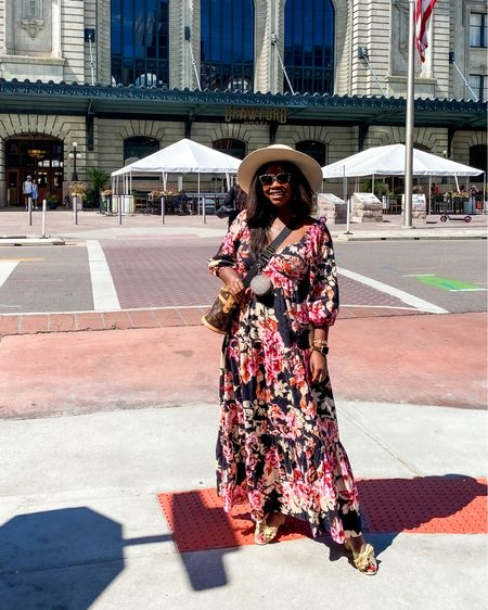 Floral maxi dress — perfect to transition to fall! Wearing a size medium.