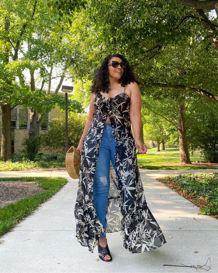 On those days you don't feel like showing up … show up anyway! Today I felt like staying in but instead I got dressed and enjoyed this beautiful Sunday . I decided to style this coverup with some jeans and I actually like the outcome! How was your Sunday ?  #sundaybest #styleblogger #fashionista #fashionblogger #weekendlook #style #fashionover40 #midsizeblogger #curvyfashion #midwestblogger #browngirlwhoblogs #express #expressyou #curlygirl #teamnatural #fortwayne #igstyle #instablogger #stylediaries   #LTKstyletip #LTKcurves #LTKunder100