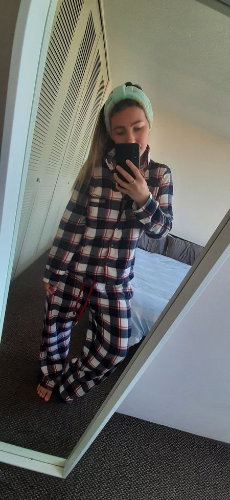 Living in this set lately 😍 The exact one was sold out but I've linked similar 😍 #comfy #pjs #loumgewear #flanel #plaid #LTKunder50 #liketkit @liketoknow.it http://liketk.it/3du35