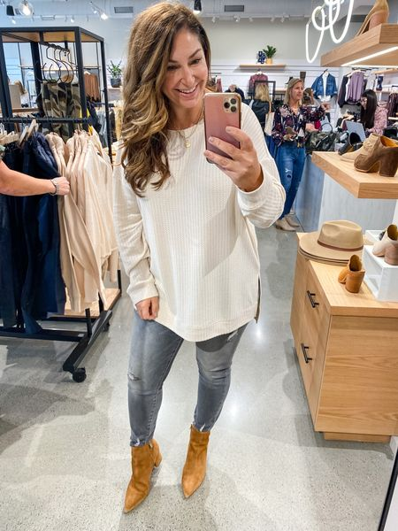 Evereve New Arrivals   Tunic in a large for oversized fit size down if in-between, L // Similar KUT jeans tts, 12 // Booties size up 1/2   Fall Outfits Evereve  Tunic Grey Jeans  Cognac Booties   #LTKstyletip #LTKcurves #LTKSeasonal