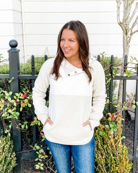 Sale alert! My Abercrombie fleece pullover is on sale! White pullover sweater / fall outfits / casual outfit / fleece jacket    #LTKunder50 #LTKsalealert #LTKSeasonal