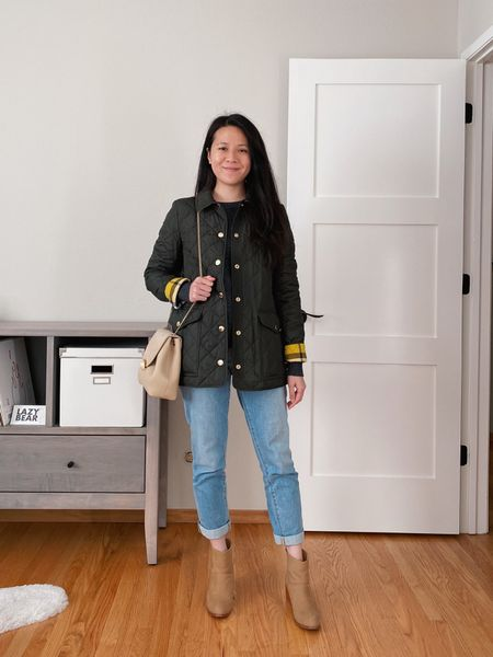 Can't go wrong with a classic Burberry quilted coat, comfy mom jeans and well-made pair of ankle boots. 🍂  #LTKFall  #LTKunder100