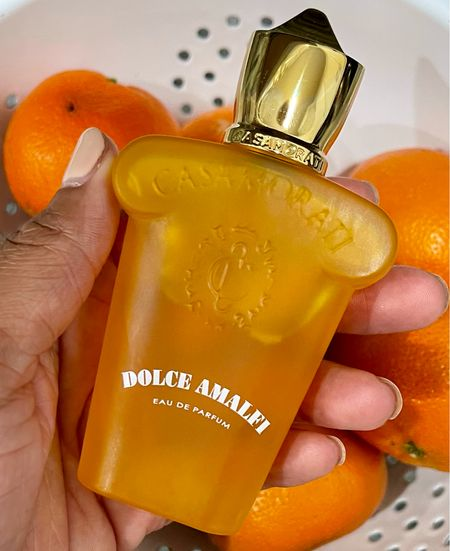 #SOTD is Xerjoff Dolce Amalfi, my spicy Juicy Fruit (gum) fragrance! I love this one! It's one that I cannot stop thinking about how good I smell when I wear it. 😂   I'm sharing all of the fragrances that I wore over the last week on my YouTube channel today! Check it out! What is your #scentoftheday?  #xerjoff #xerjoffdolceamalfi #bgwgs #blackgirlssmellgood #fragrancereviewer #fragrancelover #perfumelover #luxuryfragrance #nichefragrances  #LTKbeauty