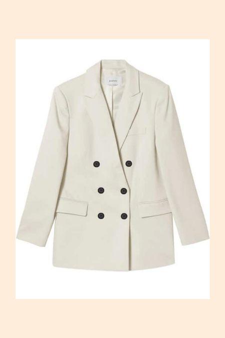 White blazer alert 💭✨  #LTKeurope #LTKunder50 #LTKworkwear