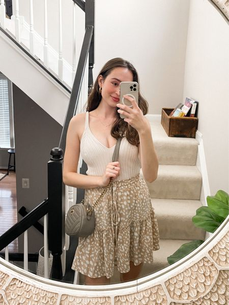 Date night outfit! 💕 Top is a medium and the skirt is a small!