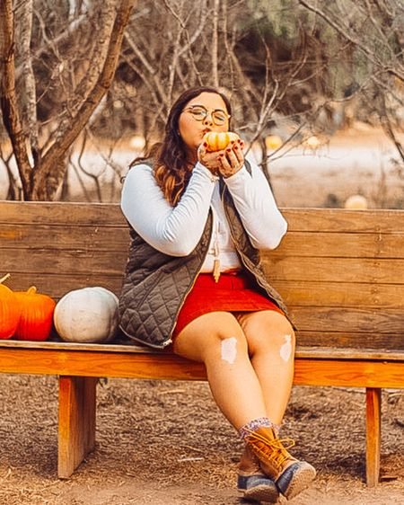 @liketoknow.it #liketkit http://liketk.it/2XSTg in the fall spirit. Whole outfit is from old navy last year. Linked similar items #LTKunder100 #LTKcurves