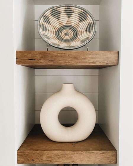 """H&M vase // home decor // bowl is """"shop Stacy  Garcia"""" #LTKhome #LTKunder50 #LTKstyletip #liketkit @liketoknow.it http://liketk.it/3ic4V"""
