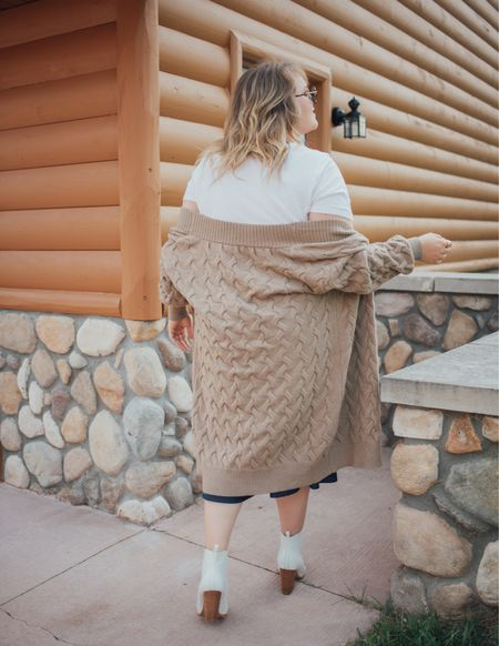 Chic plus size fall outfit!   #LTKSeasonal #LTKcurves #LTKstyletip