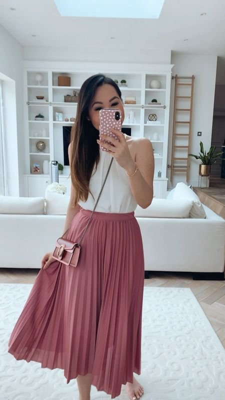 The best (and crazy affordable!) pleated skirt - teamed with a simple white top and my Gucci Dionysus super mini 😊💕✨   #LTKeurope #LTKitbag #LTKunder50