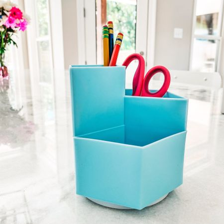 Best way to start the new school year? Organized of course! Loving this simple desk organizer that can also spin! Thank you again @amazon 😉  #amazon #amazonfinds #backtoschool #deskorganizer   #LTKbacktoschool #LTKhome #LTKunder50