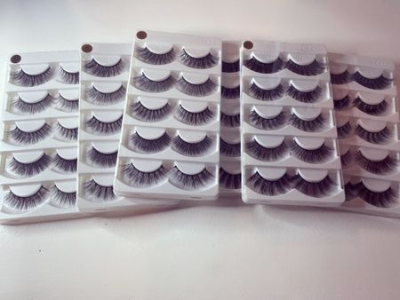 30 sets of lashes in 10 styles for only $15!    #LTKbeauty