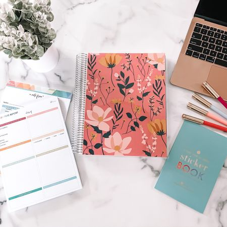 There's nothing better than a @target + @erincondren collab! 👏🏼 They just launched an undated Teacher Planner (that's also available in a Spanish version!!) and several cute accessories in all Target stores + online! If you've been wanting to try out an Erin Condren Teacher Lesson Planner, now is the time as they are so affordable. http://liketk.it/3jEiy #liketkit @liketoknow.it #LTKunder50
