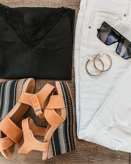Styling white jeans http://liketk.it/2T0GX @liketoknow.it #liketkit #LTKcurves #LTKstyletip
