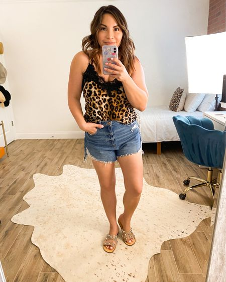 I absolutely love these shorts (drop the mic🎤)!!!! . . .Shop my daily looks by following me on the LIKEtoKNOW.it shopping app or on my blog ninamarieblogs.com  http://liketk.it/3e8JO #liketkit @liketoknow.it