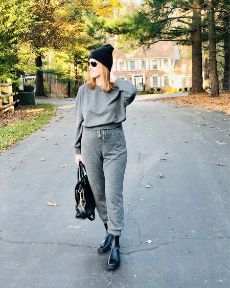 Don't mind me. I'll be here patiently waiting for our new president in my cozy sweatpants. Happy weekend lovelies! 💋 Screenshot this pic to get shoppable product details with the LIKEtoKNOW.it shopping app @liketoknow.it #liketkit http://liketk.it/30w7l