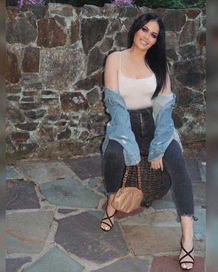 http://liketk.it/3fidO #liketkit @liketoknow.it #LTKbeauty #LTKunder50 #LTKsalealert  so happy my favorite express jeans on now on sale, wore them for this date nite ootd   Jeans, denim, skinny jeans, casual