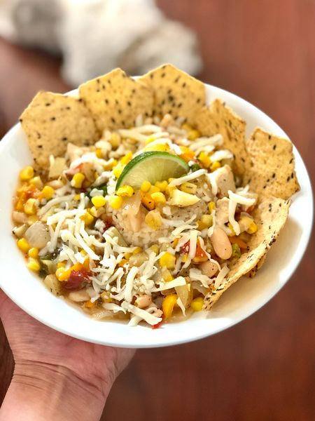White chicken chili for Cinco de Mayo 😋 Steps 👉🏻 https://www.whatjesswore.com/white-chicken-chili-recipe   @liketoknow.it http://liketk.it/2OiSm #liketkit #StayHomeWithLTK #LTKhome #LTKunder50 quick meal idea