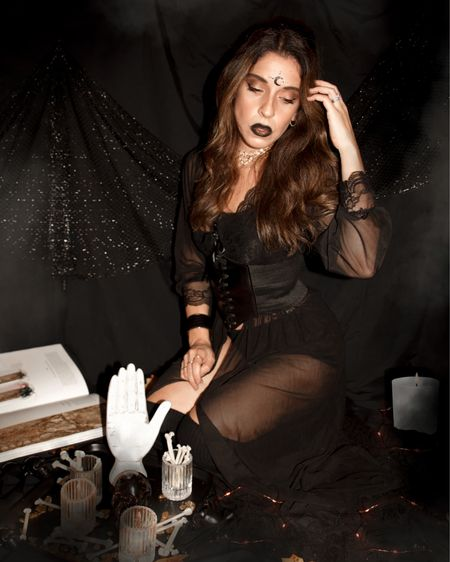 Witch Halloween costume idea 🔮💜  #LTKunder100 #LTKSeasonal #LTKunder50