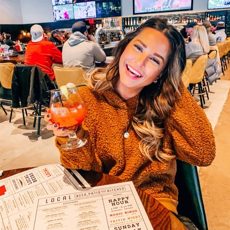 Cheers to that sweet Friday feeling! 🍹🍾🍻 What are you girls up to this weekend? I'm hoping to get back out to @localbeerco @village_pointe - have you been to the new location yet? Me and the girls had a great time last Sunday, swipe to see my beautiful friends 😍 @elenampietro @murwoody 😍 - - - PS! My cozy Sherpa hoodie is on major sale! Wearing size Small. Click the link in my bio to shop! http://liketk.it/2ImCI @liketoknow.it #liketkit